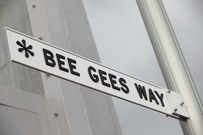 bee-gees-way-2-13-001