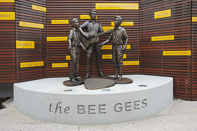 bee-gees-way-2-13-002